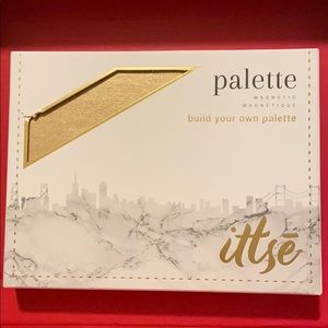 Eye shadow palette: build your own palette